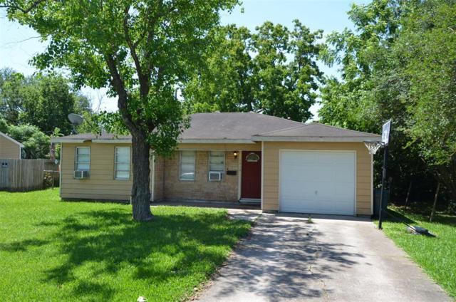 7418 Stephanie Drive, Deer Park, TX 77536 (MLS #25434828) :: The SOLD by George Team