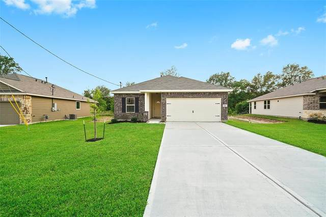1635 Road 5102, Cleveland, TX 77327 (MLS #25606241) :: Caskey Realty