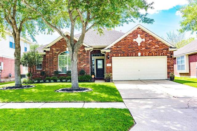 3014 Meadow Bay Drive, Dickinson, TX 77539 (MLS #25645279) :: Phyllis Foster Real Estate