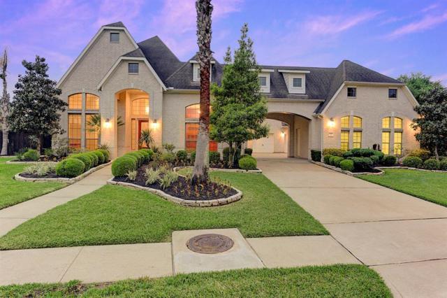 11904 Crescent Bluff Drive, Pearland, TX 77584 (MLS #25687157) :: Christy Buck Team