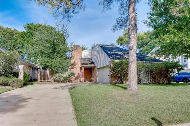 1111 Forest Home Drive, Houston, TX 77077 (MLS #25725425) :: NewHomePrograms.com LLC