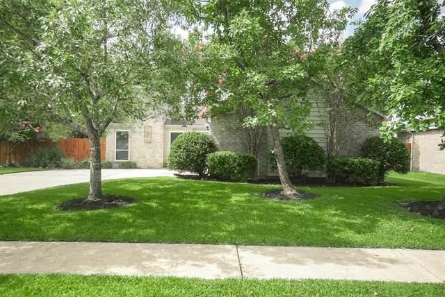 12135 Ella Lee Lane, Houston, TX 77077 (MLS #25872461) :: Caskey Realty