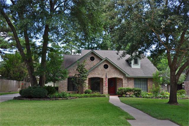 3627 Clear Falls Drive, Kingwood, TX 77339 (MLS #25948843) :: Red Door Realty & Associates