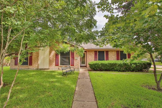 5001 Groveton Lane, Pearland, TX 77584 (MLS #25952702) :: The Heyl Group at Keller Williams