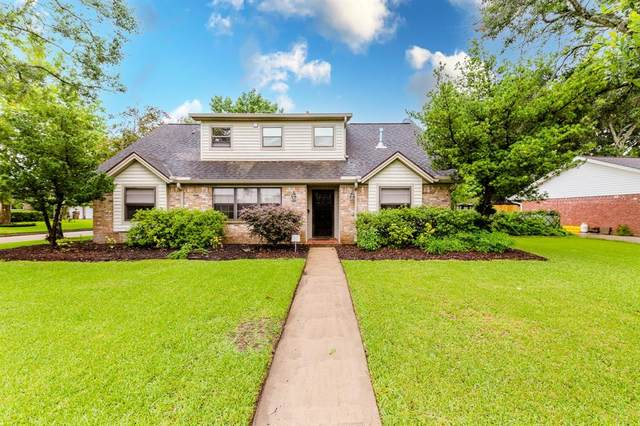 5020 Briarbrook Drive, Dickinson, TX 77539 (MLS #25978490) :: The Bly Team