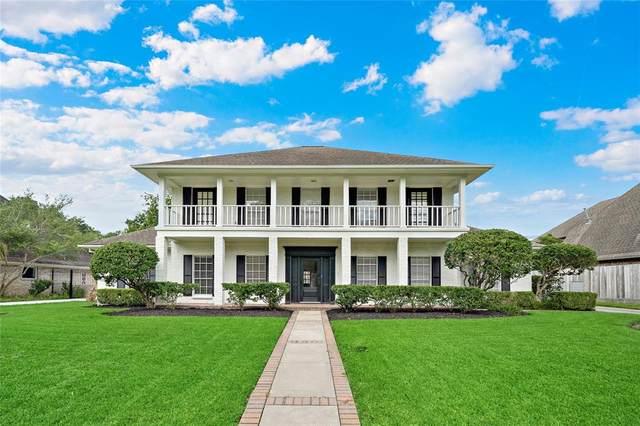 1306 E Vistawood Drive, Houston, TX 77077 (#26024421) :: ORO Realty