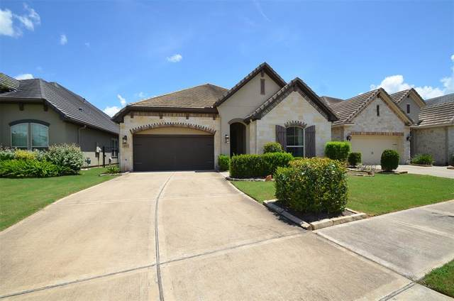 4927 Fairford Dr Drive, Sugar Land, TX 77479 (MLS #26058630) :: My BCS Home Real Estate Group