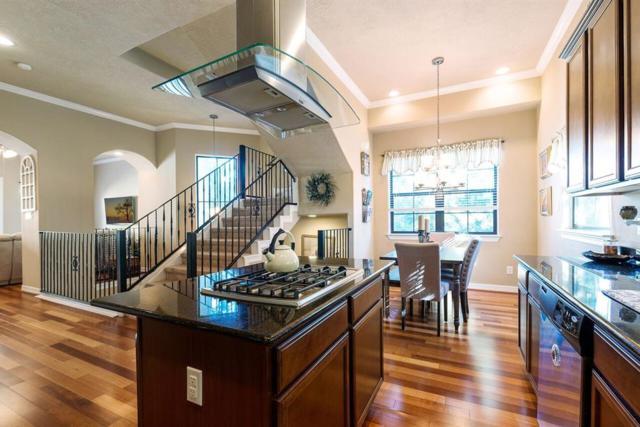2037 W 14th 1/2 Street, Houston, TX 77008 (MLS #26098781) :: Texas Home Shop Realty