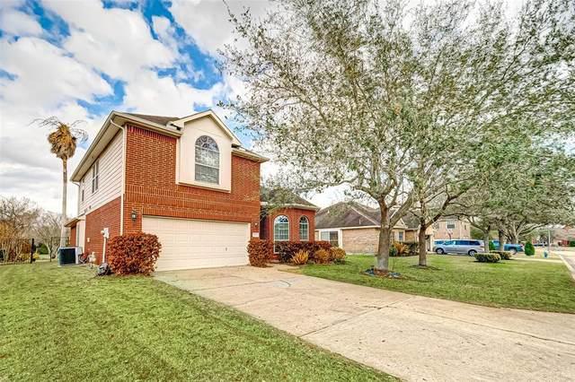 3123 E Cedar Hollow Drive, Pearland, TX 77584 (MLS #26158824) :: Homemax Properties