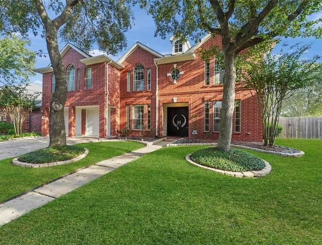 607 Crestridge Drive, Sugar Land, TX 77479 (MLS #26174464) :: Homemax Properties