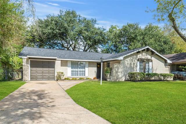 938 Forestburg Drive, Houston, TX 77038 (MLS #26188079) :: Connect Realty