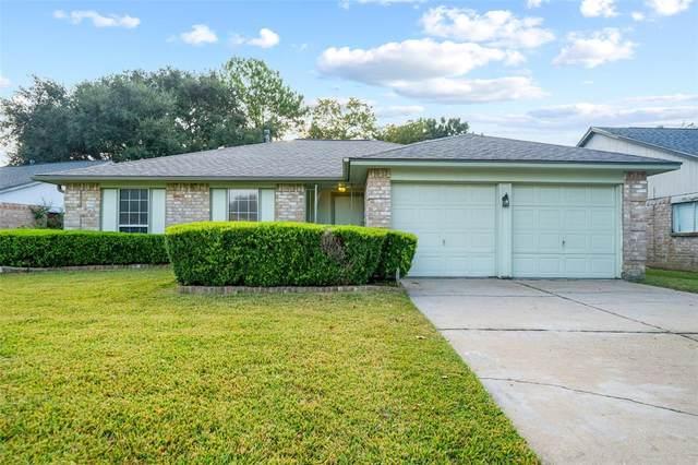 7915 Tamayo Drive, Houston, TX 77083 (MLS #26194676) :: The Sansone Group