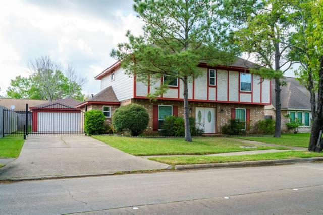 2206 Woodland Park Dr, Houston, TX 77077 (MLS #26233163) :: Texas Home Shop Realty