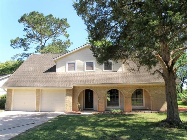 208 Palm Aire Drive, Friendswood, TX 77546 (MLS #26237260) :: The SOLD by George Team