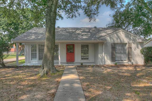 712 Clarence Street, Tomball, TX 77375 (MLS #2627330) :: Green Residential