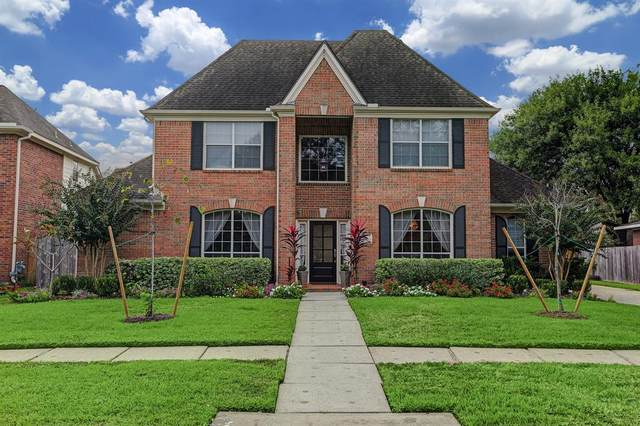 2108 Pleasant Palm Circle, League City, TX 77573 (MLS #26289686) :: My BCS Home Real Estate Group