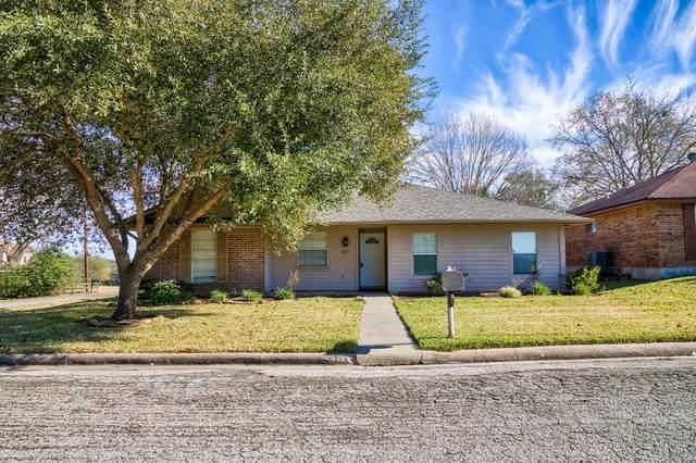 437 N Meinecke Street, Bellville, TX 77418 (MLS #26320782) :: Christy Buck Team