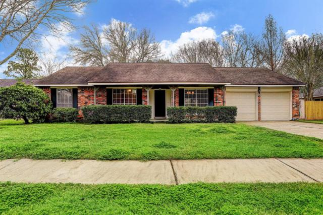 1104 Lost River Drive, Friendswood, TX 77546 (MLS #2640356) :: Caskey Realty