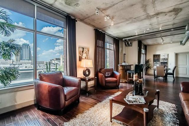 1901 Post Oak #303, Houston, TX 77056 (MLS #26409730) :: Krueger Real Estate