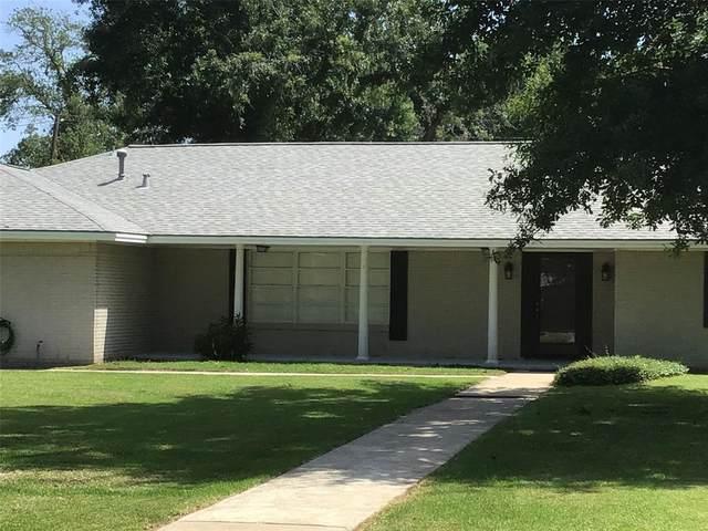 425 Willow Lane, Baytown, TX 77520 (MLS #26483336) :: Lerner Realty Solutions