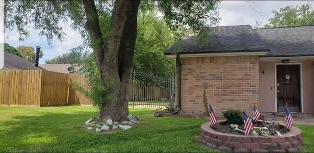 1411 Warwick Walk Lane, Channelview, TX 77530 (MLS #26519712) :: The Queen Team