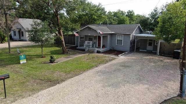300 S Roswell Street, Granger, TX 76530 (MLS #26587396) :: The SOLD by George Team