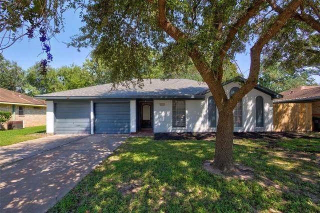 1613 Cypress Hollow Street, Pearland, TX 77581 (MLS #26666203) :: Caskey Realty