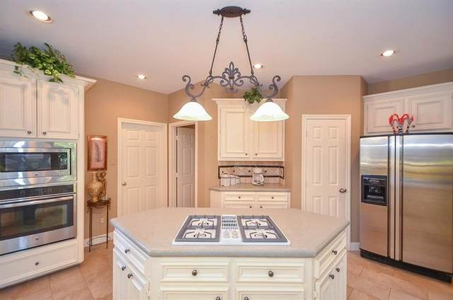 3503 Emerald Falls Court, Houston, TX 77059 (MLS #26736894) :: Bay Area Elite Properties