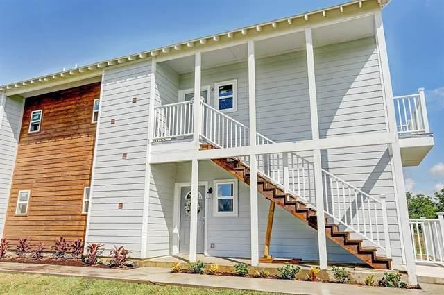 430 Schmidt Unit B1, Sealy, TX 77474 (MLS #26771913) :: My BCS Home Real Estate Group