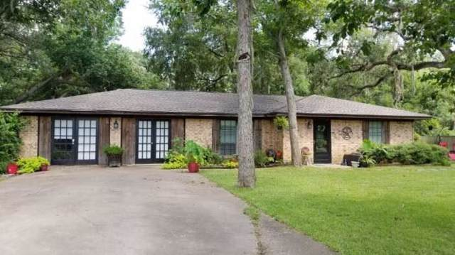 898 Oak Forest Drive, Van Vleck, TX 77482 (MLS #26795336) :: The Heyl Group at Keller Williams