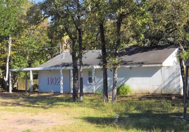 1102 Deer Alley Lane, Columbus, TX 78934 (MLS #26828833) :: Ellison Real Estate Team