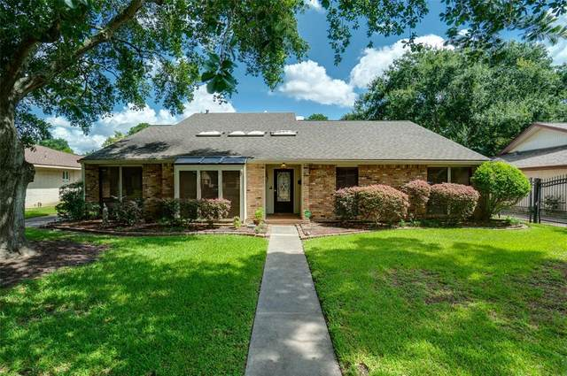 6110 Paisley Street, Houston, TX 77096 (MLS #26840806) :: Caskey Realty