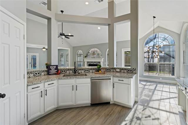 6923 Crystal Point Drive, Katy, TX 77449 (MLS #26858426) :: The Bly Team