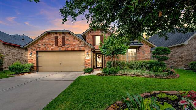 2022 Baron Sky Lane, Richmond, TX 77469 (MLS #26864159) :: The SOLD by George Team