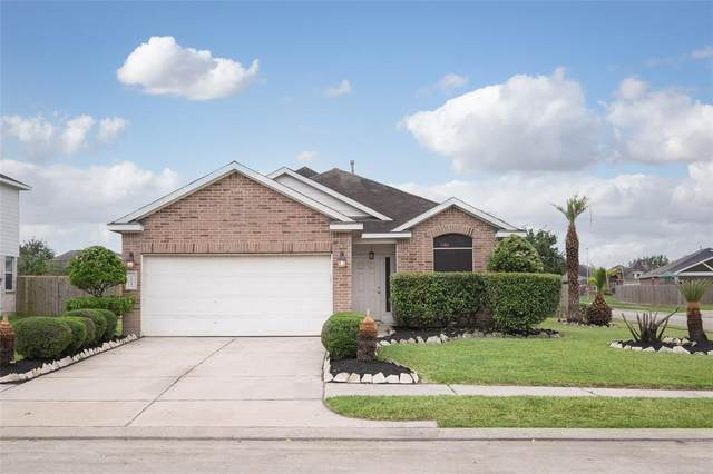 16218 Gavin Lane, Houston, TX 77049 (MLS #26871360) :: The SOLD by George Team