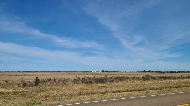 020 Fm 1663, Winnie, TX 77665 (MLS #26935460) :: Guevara Backman