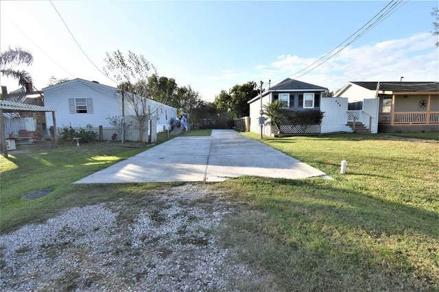 510 8th Street, San Leon, TX 77539 (MLS #26957277) :: Lerner Realty Solutions