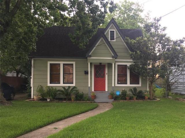 914 Avenue Of Oaks Street, Houston, TX 77009 (MLS #26960371) :: The Heyl Group at Keller Williams