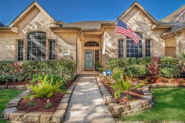 5518 Flower Grove Court, Rosharon, TX 77583 (MLS #26990563) :: Green Residential