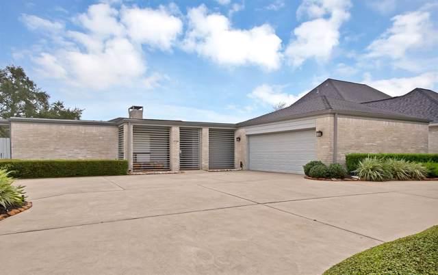 1718 Country Club Boulevard, Sugar Land, TX 77478 (MLS #27016514) :: Green Residential