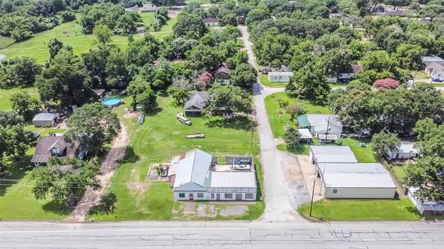 87 Main Street, East Bernard, TX 77435 (MLS #27032743) :: The Freund Group