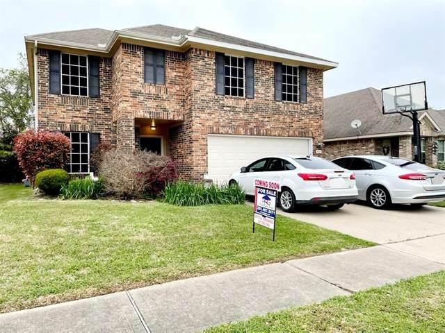 913 Curry Street, Baytown, TX 77521 (MLS #27128827) :: Homemax Properties
