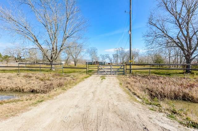 86 County Road 621, Dayton, TX 77535 (MLS #2718598) :: Michele Harmon Team