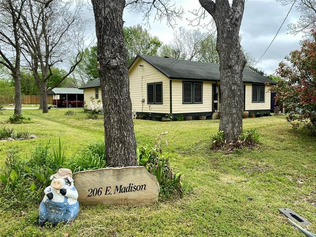 206 E Madison Street, Trinity, TX 75862 (MLS #27200314) :: Ellison Real Estate Team