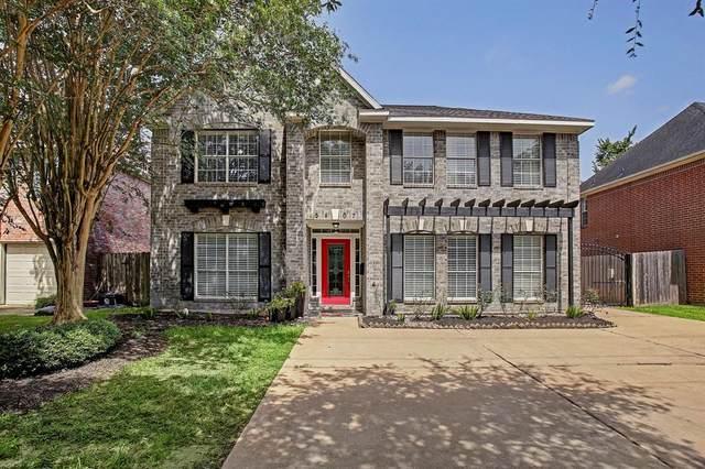 5407 Newcastle Street, Bellaire, TX 77401 (MLS #27230208) :: Caskey Realty