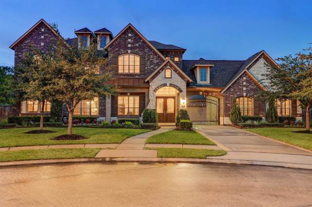 2305 Taylor Sky Lane, Friendswood, TX 77546 (MLS #27293213) :: The Bly Team