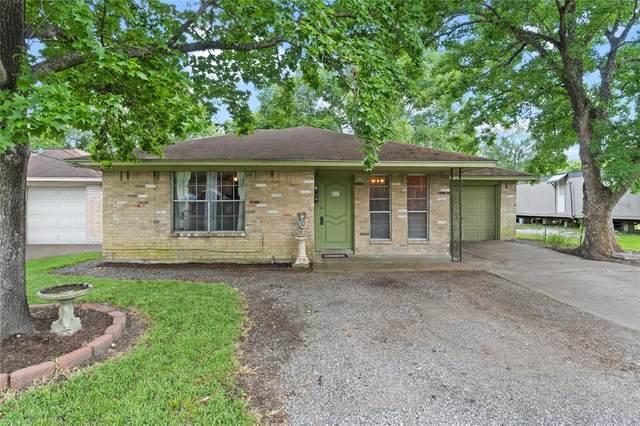 14210 Hillsboro Street, Houston, TX 77015 (MLS #27300583) :: The Freund Group