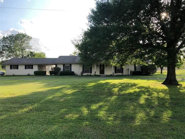 2100 S Fifth Street S, Crockett, TX 75835 (MLS #27315772) :: Bray Real Estate Group