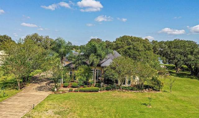 844 Sunset Trail, Angleton, TX 77515 (MLS #27403036) :: Lerner Realty Solutions