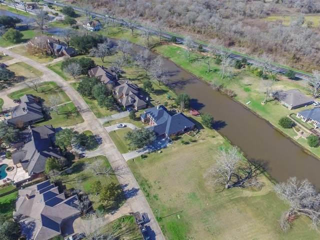 32518 Watersmeet Street, Fulshear, TX 77441 (MLS #27420213) :: The Sansone Group
